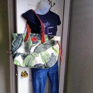 Dooney & Bourke XL Tote/Shoulder bag